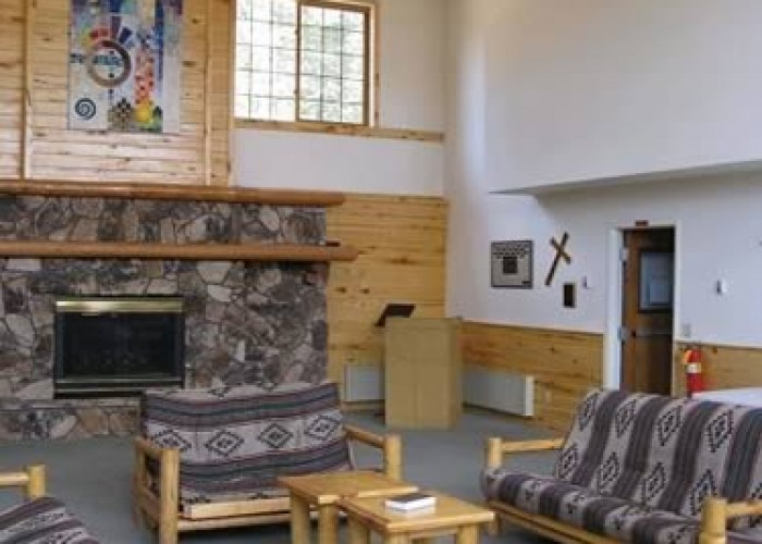 Center Lodging - Lupine Lodge 04