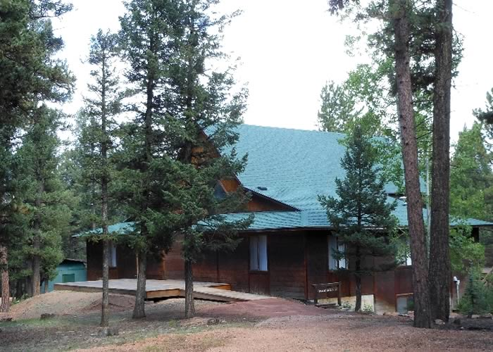 Center Lodging - Aster Cabin 01