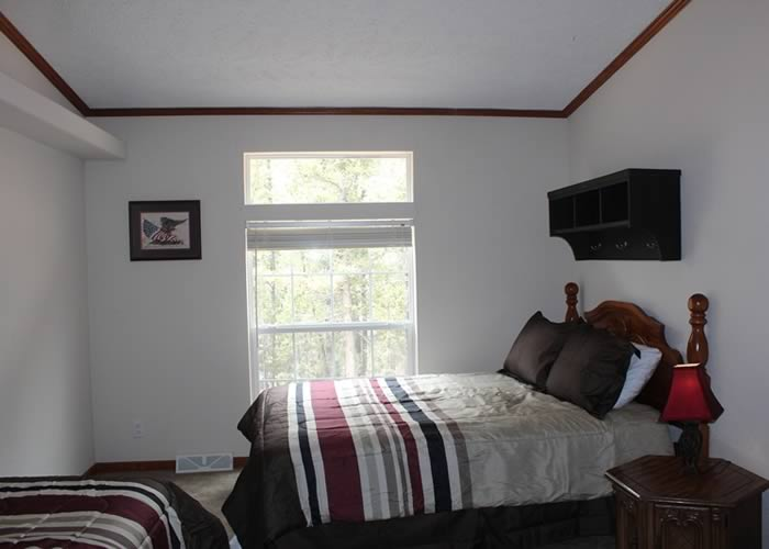 Center Lodging - Snowberry Cottage 08