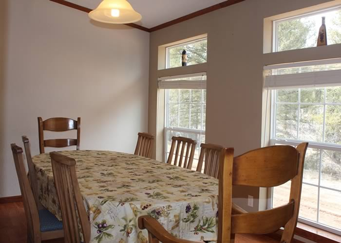 Center Lodging - Snowberry Cottage 10